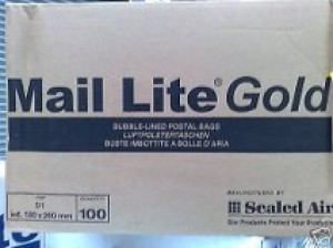 100 X K/7 MAIL LITE GOLD BUBBLE LINED PADDED BAGS